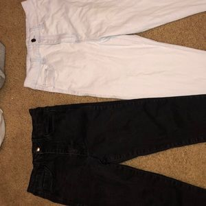 2 pair of forever 21 jeans